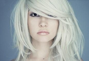 long asymmetric blonde cut
